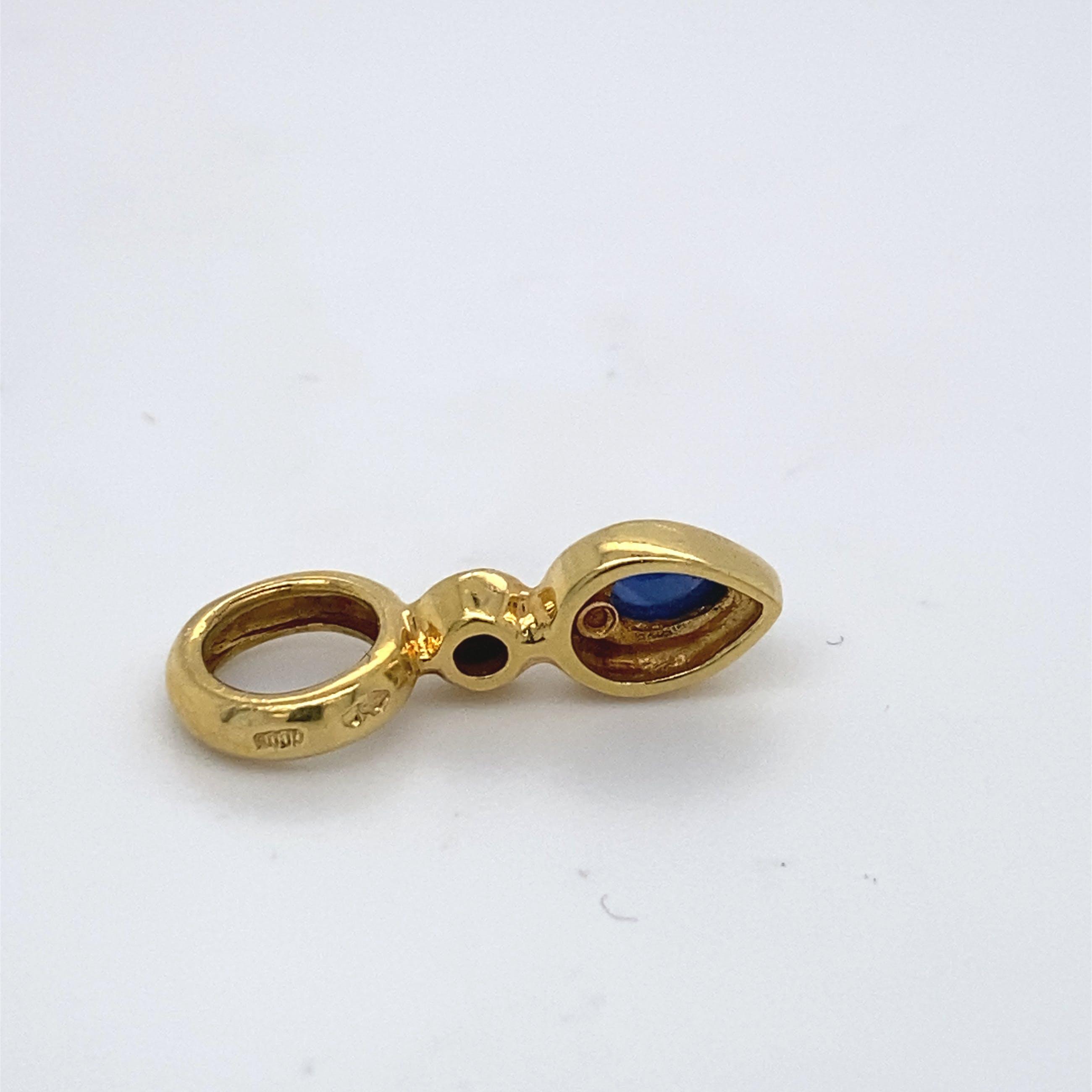 18kt gouden hanger met saffier en diamant, 2,25gr kopen? Bied vanaf 125!