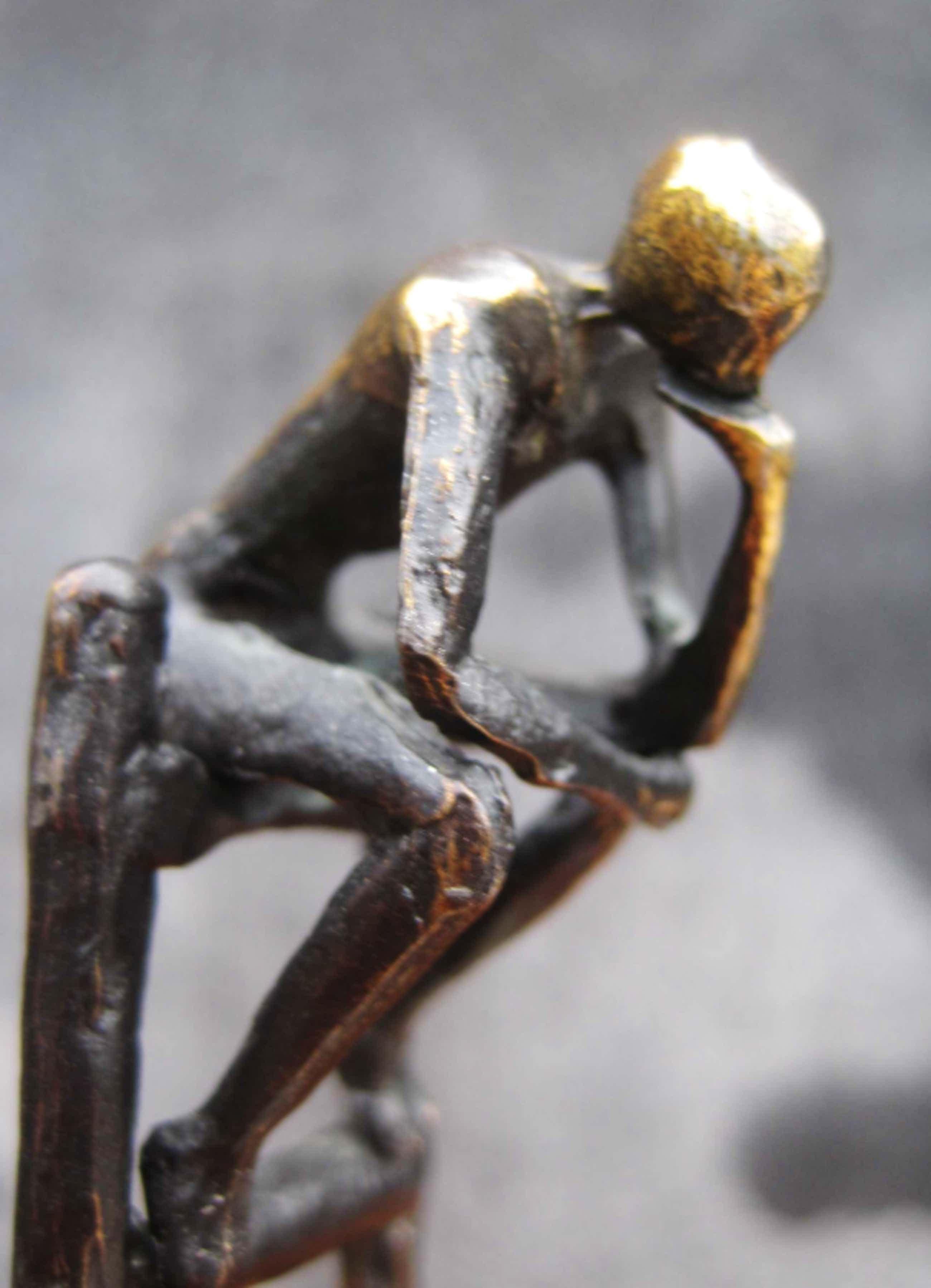 Corry Ammerlaan - Corry Ammerlaan - Sculptuur -De denkende mens kopen? Bied vanaf 75!
