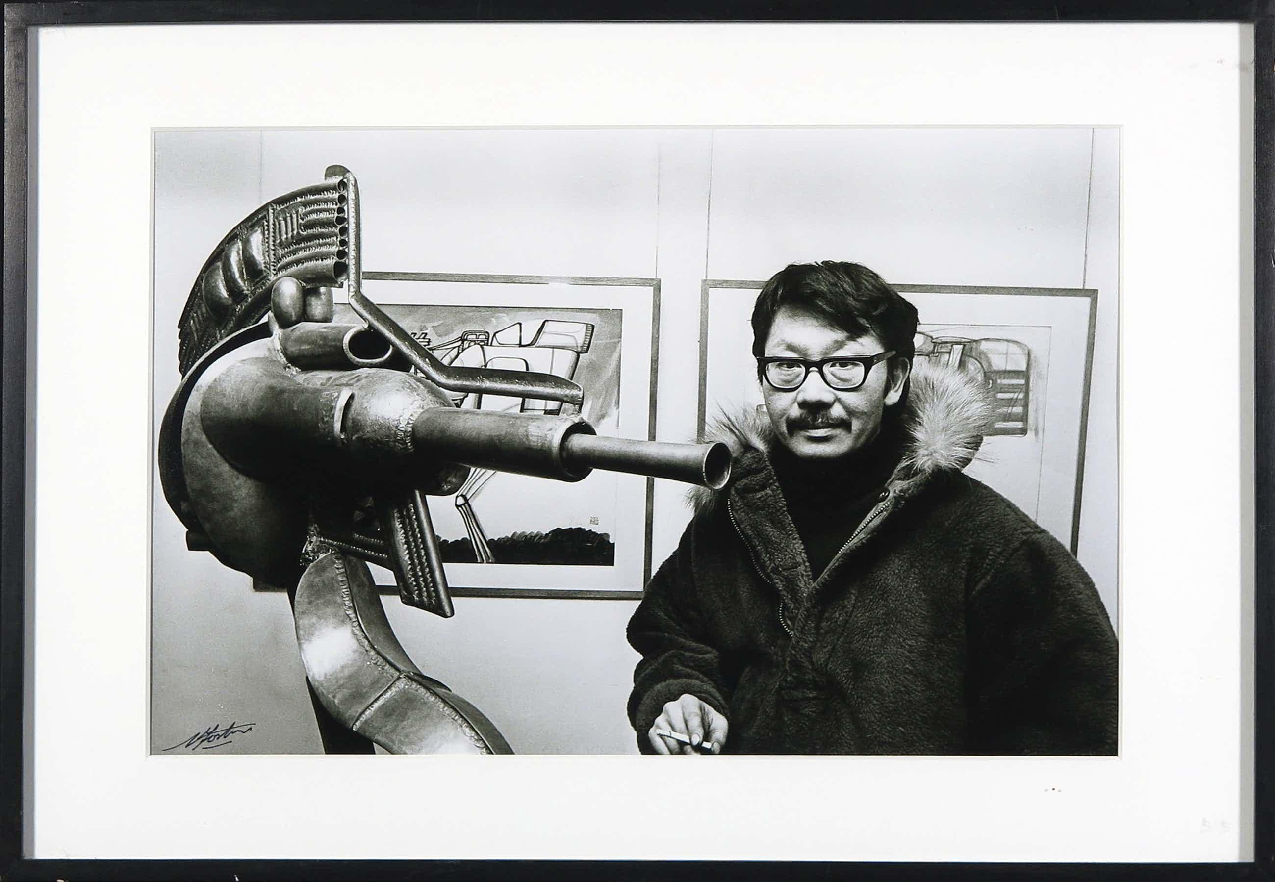 Nico Koster - Foto, Portret van Shinkichi Tajiri - Ingelijst kopen? Bied vanaf 35!