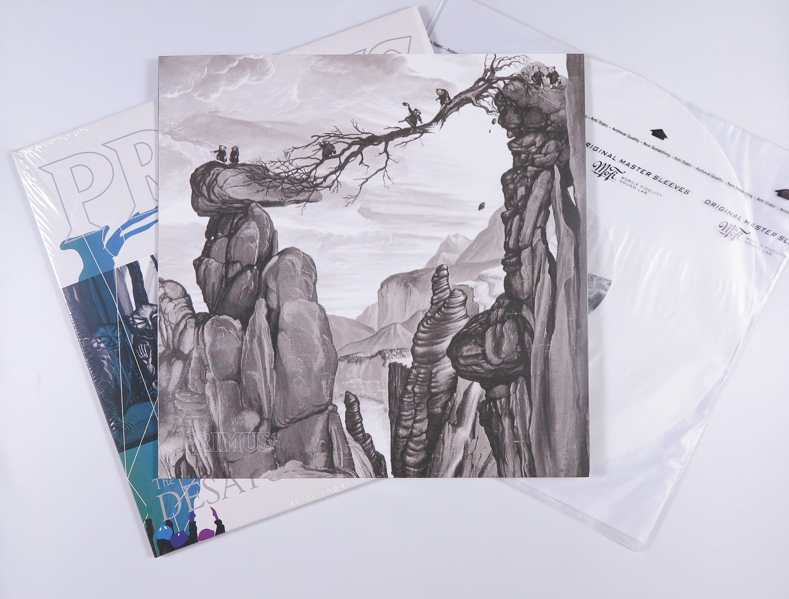 Primus - The Desaturating Seven (Wit Vinyl, gelimiteerde uitgave) kopen? Bied vanaf 40!