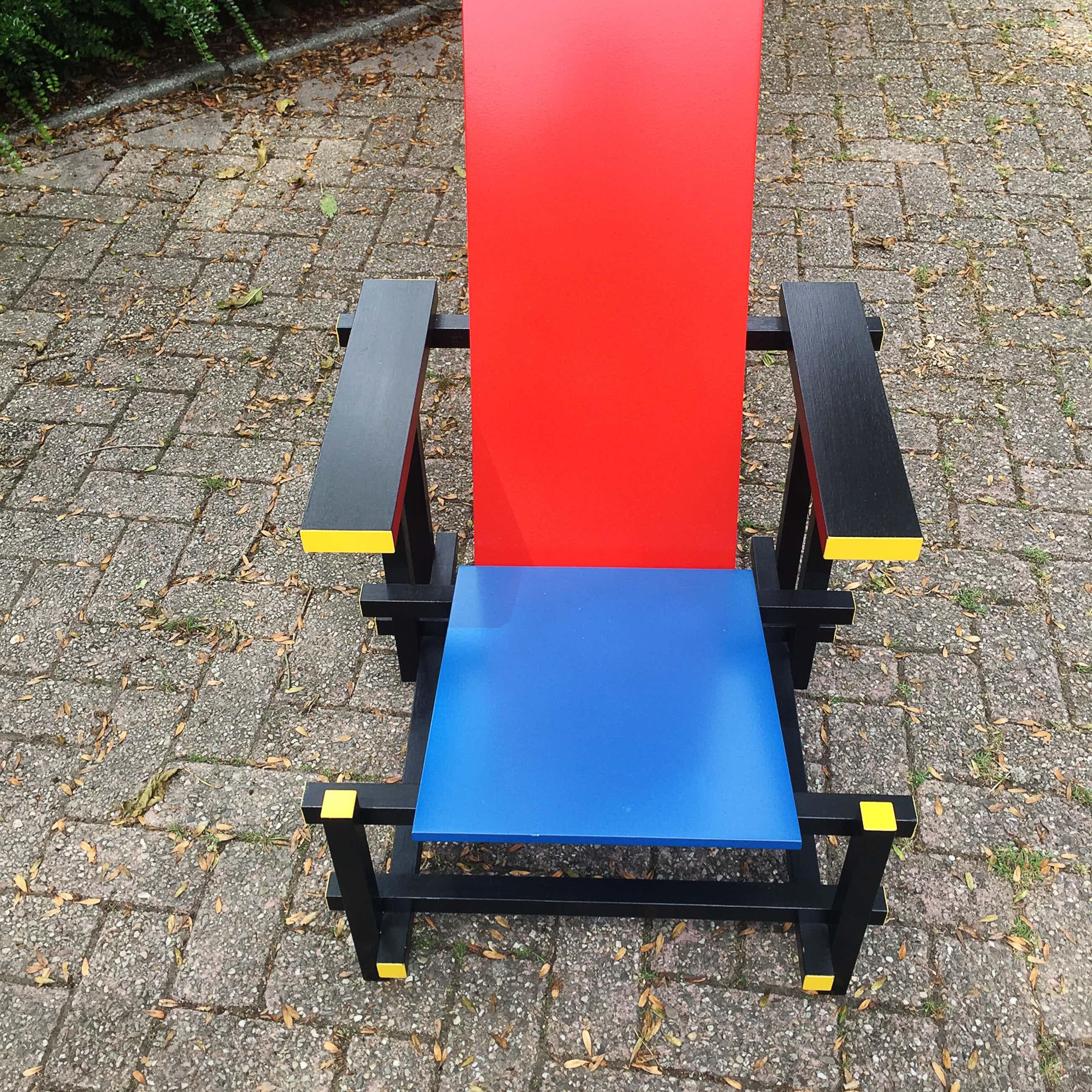 Gerrit Rietveld - replica stoel rood, blauw, geel en zwart kopen? Bied vanaf 200!