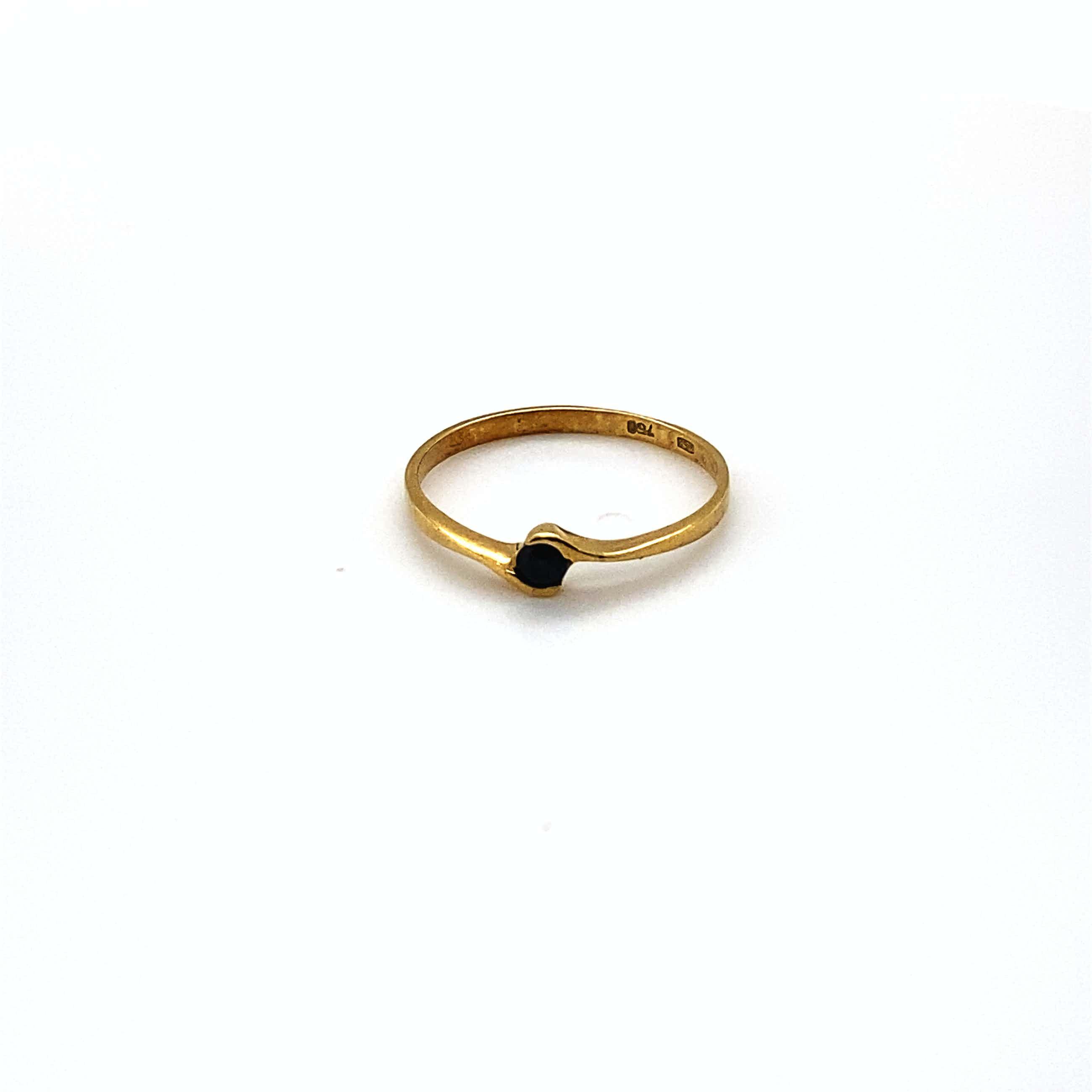18kt gouden ring+saffier, 53/17, 1,22 gr kopen? Bied vanaf 65!